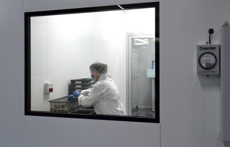 La camera bianca classe ISO-8 di Gabrieli srl a Vestone