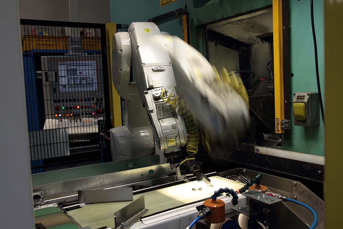 CNC Bearbeitung von Aluminium und Messing Schmiedeteile