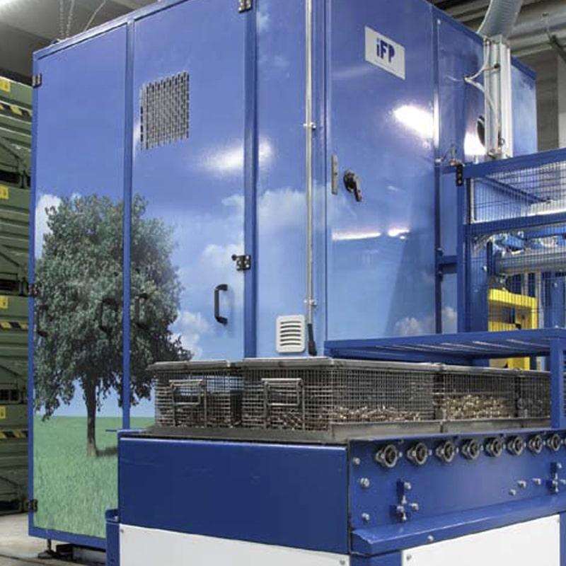 Die Teilereinigungsanlage der Automatendreherei Gabrieli